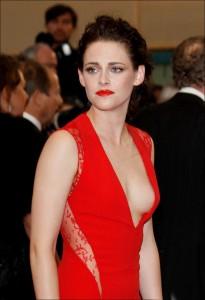 Kristen Stewart nackt Nippel