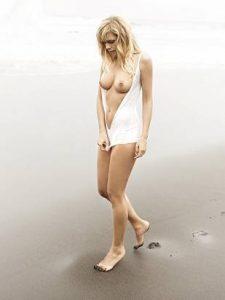 melanie marschke nackt am-strand